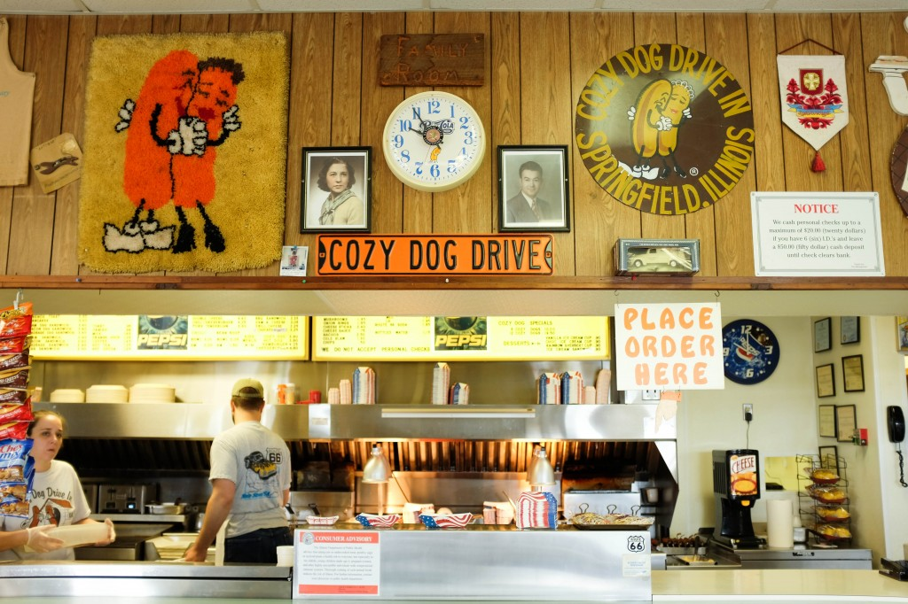 Springfield Route 66 Cozy Dog Drive In