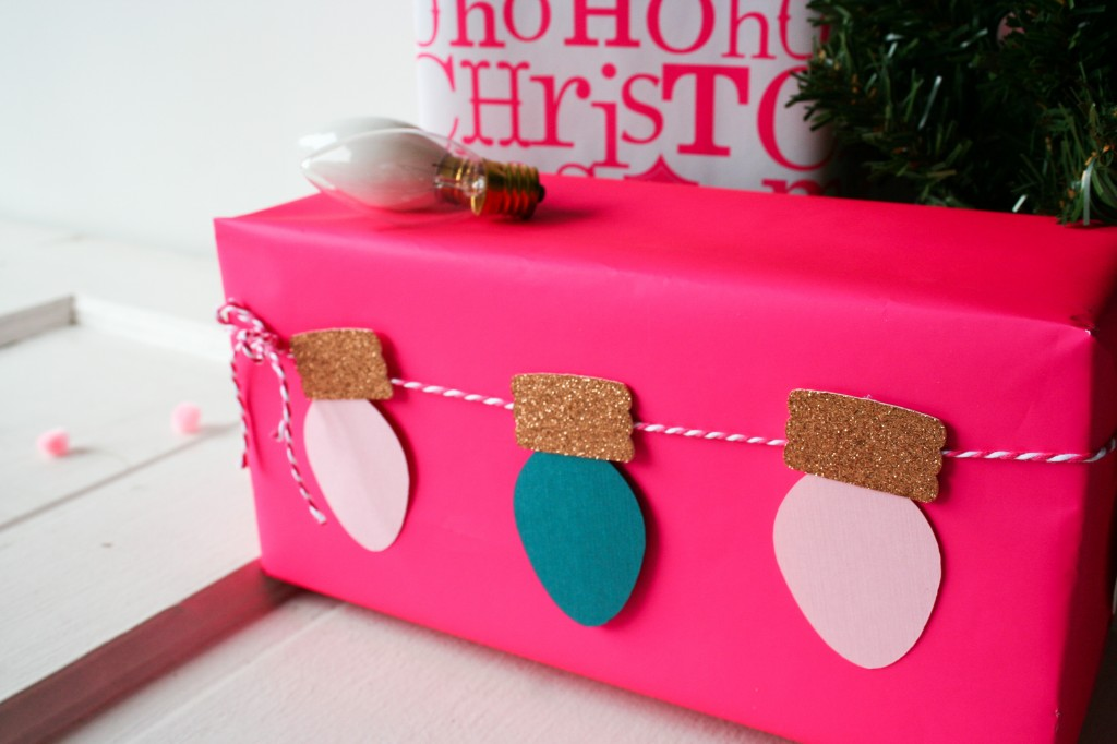Cricut Vintage Christmas Light DIY Garland - Legal Miss Sunshine