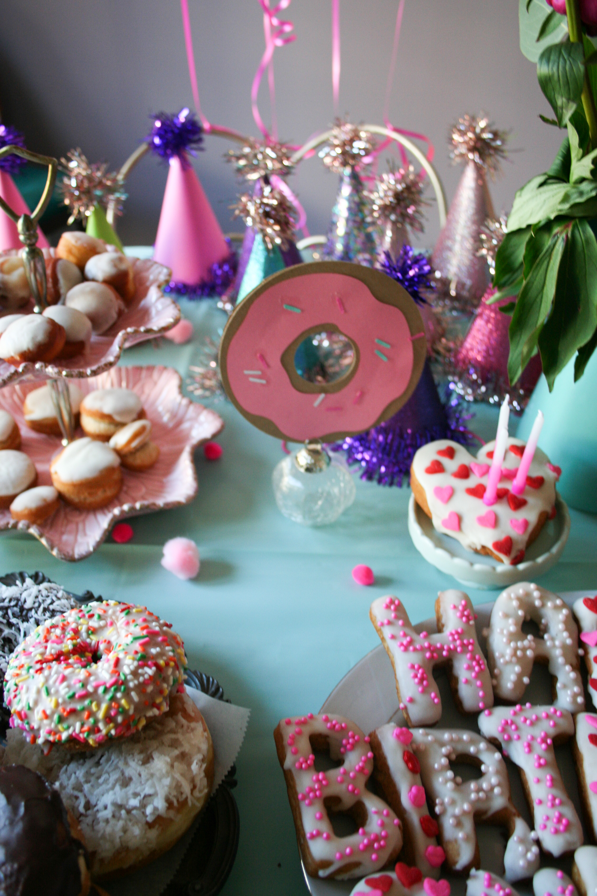 Donut-Birthday-Party-Legal-Miss-Sunshine-17