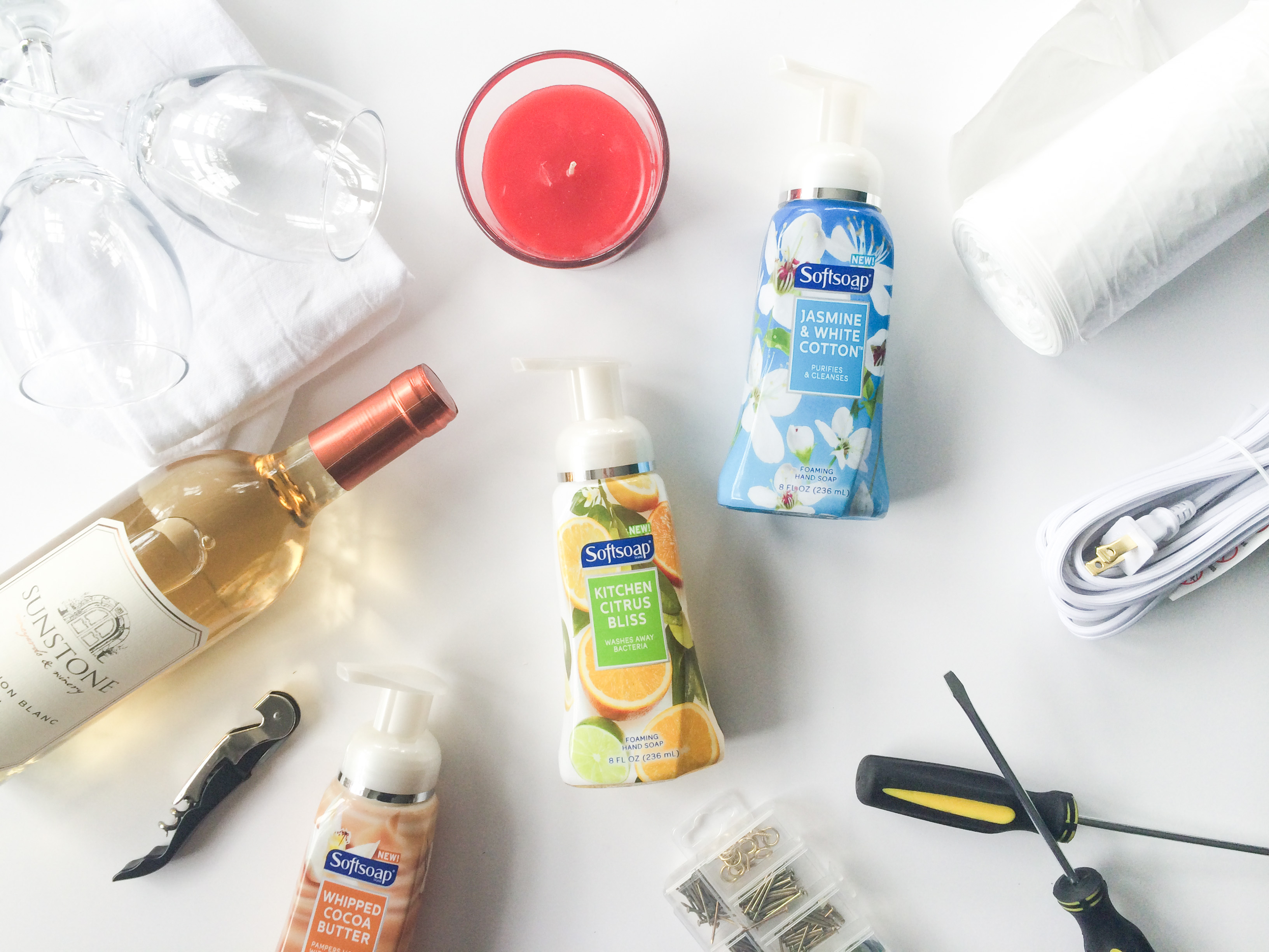 Moving Day Housewarming Gift Basket DIY - Legal Miss Sunshine