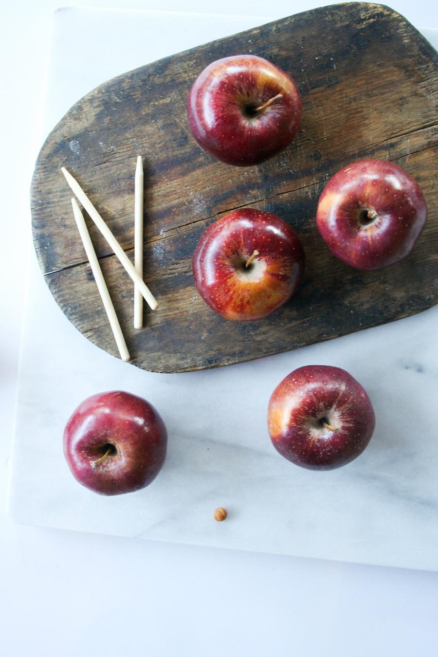 S'mores Caramel Apple Recipe // Legal Miss Sunshine