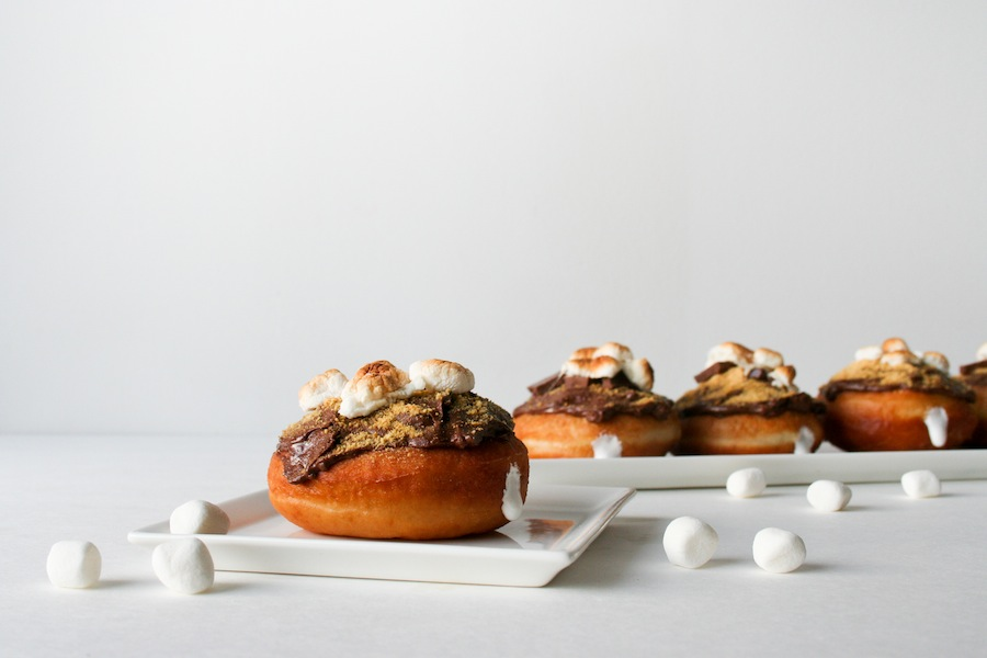 Five Fall Themed Donuts from FoodNetwork // S'mores Donut or S'monut Recipe // Legal Miss Sunshine