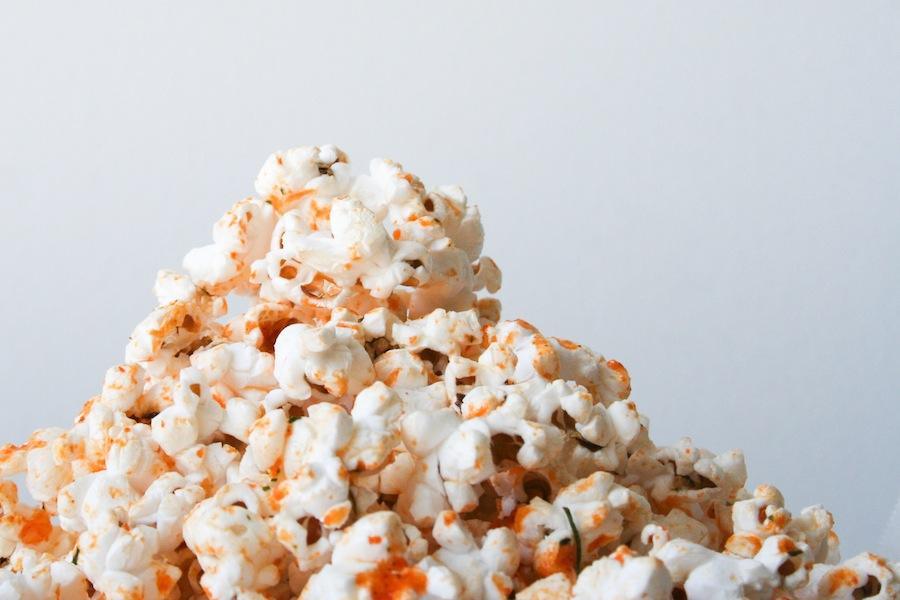 Sriracha Ranch Popcorn Recipe // Legal Miss Sunshine