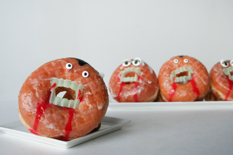 Vampire Donuts // #13NightsOfDonuts // Legal Miss Sunshine