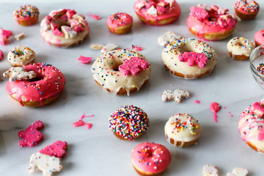 Make these Circus Animal Cookie Donuts for your next birthday or just to bring into the office to celebrate Friday! // saltycanary.com