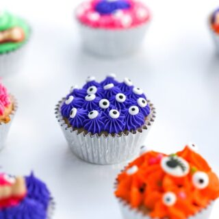 Set up a Decorate-It-Yourself Halloween Monster Cupcake Station at your Halloween party! // Salty Canary