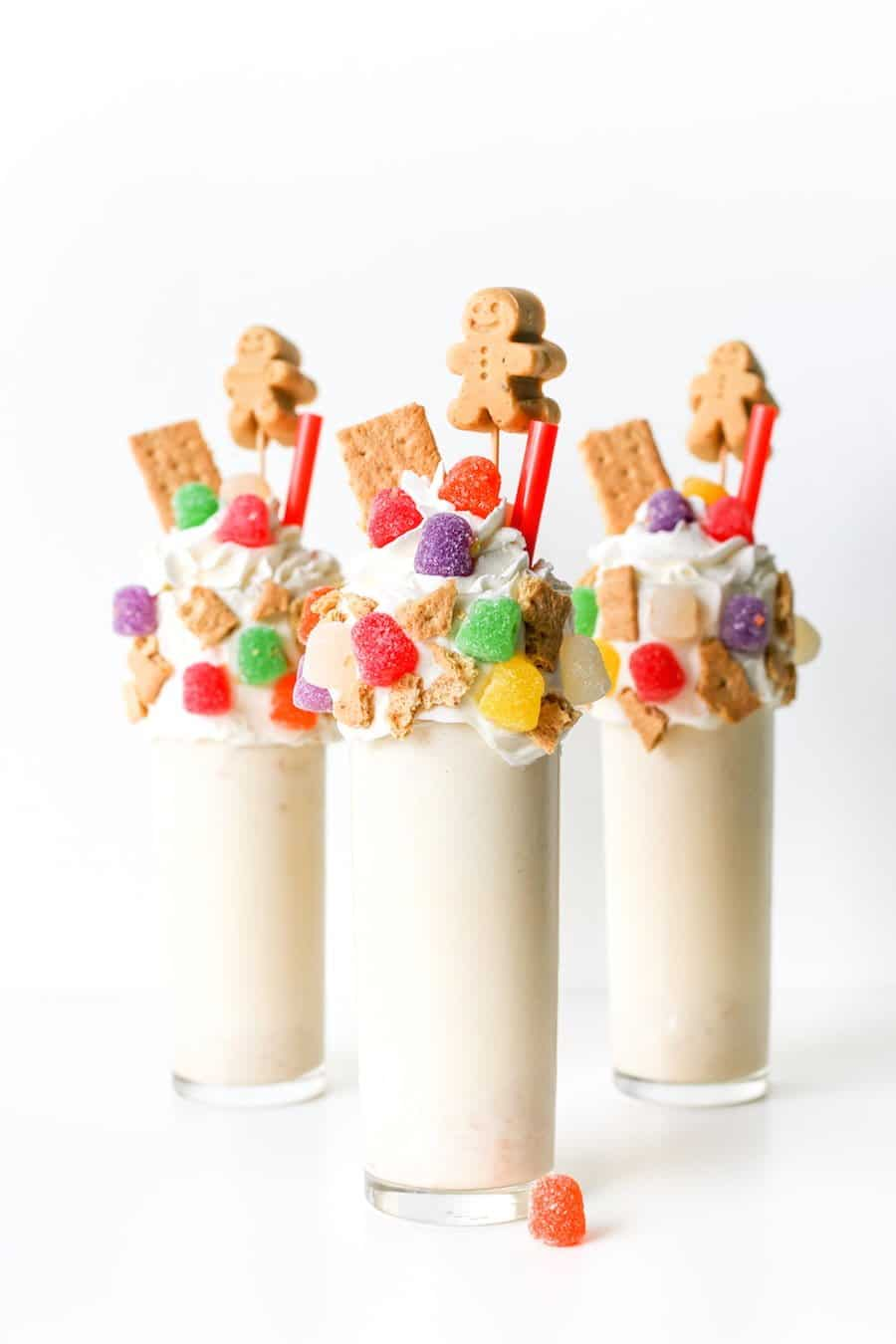 Gingerbread House Milkshake // Salty Canary