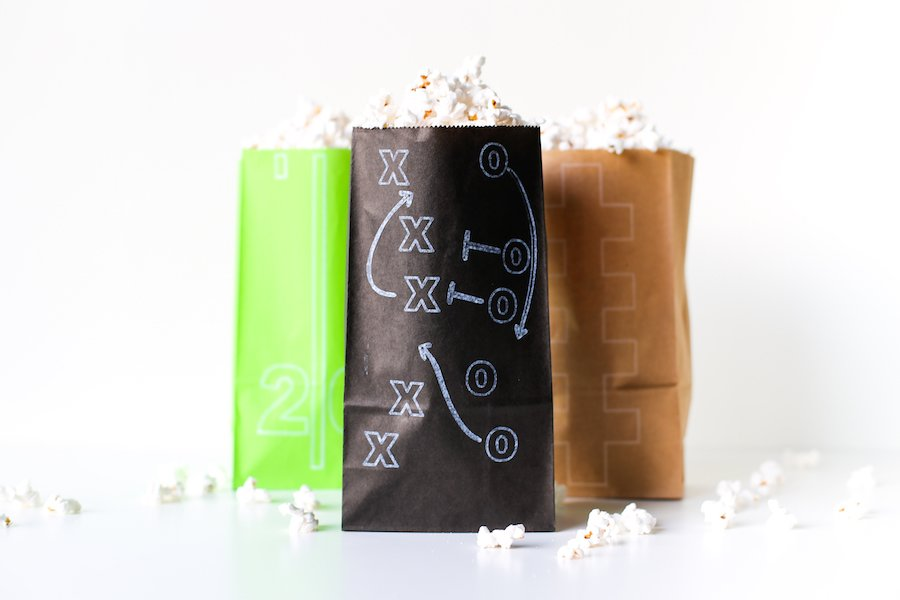 DIY Superbowl Popcorn Treat Bags made with the Cricut, Football Party, DIY Football Party Decorations, Free Football Themed SVG Cut Files, Gameday, Football Popcorn, Cricut Cutting Machine, Cricut DIY, Salty Canary
