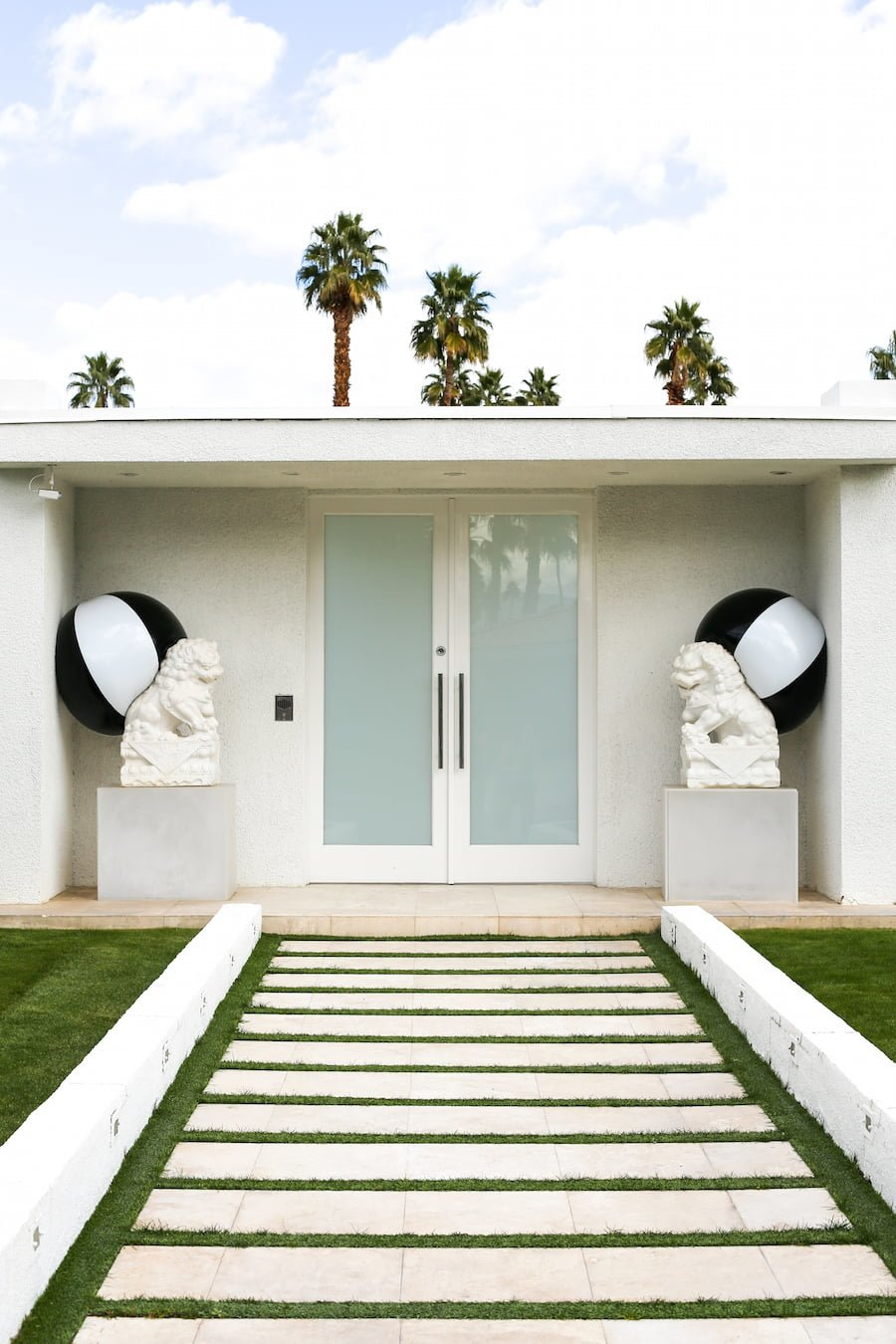Alt Summit Instagram Tour of Palm Springs - Midcentury Modern Doors // Salty Canary
