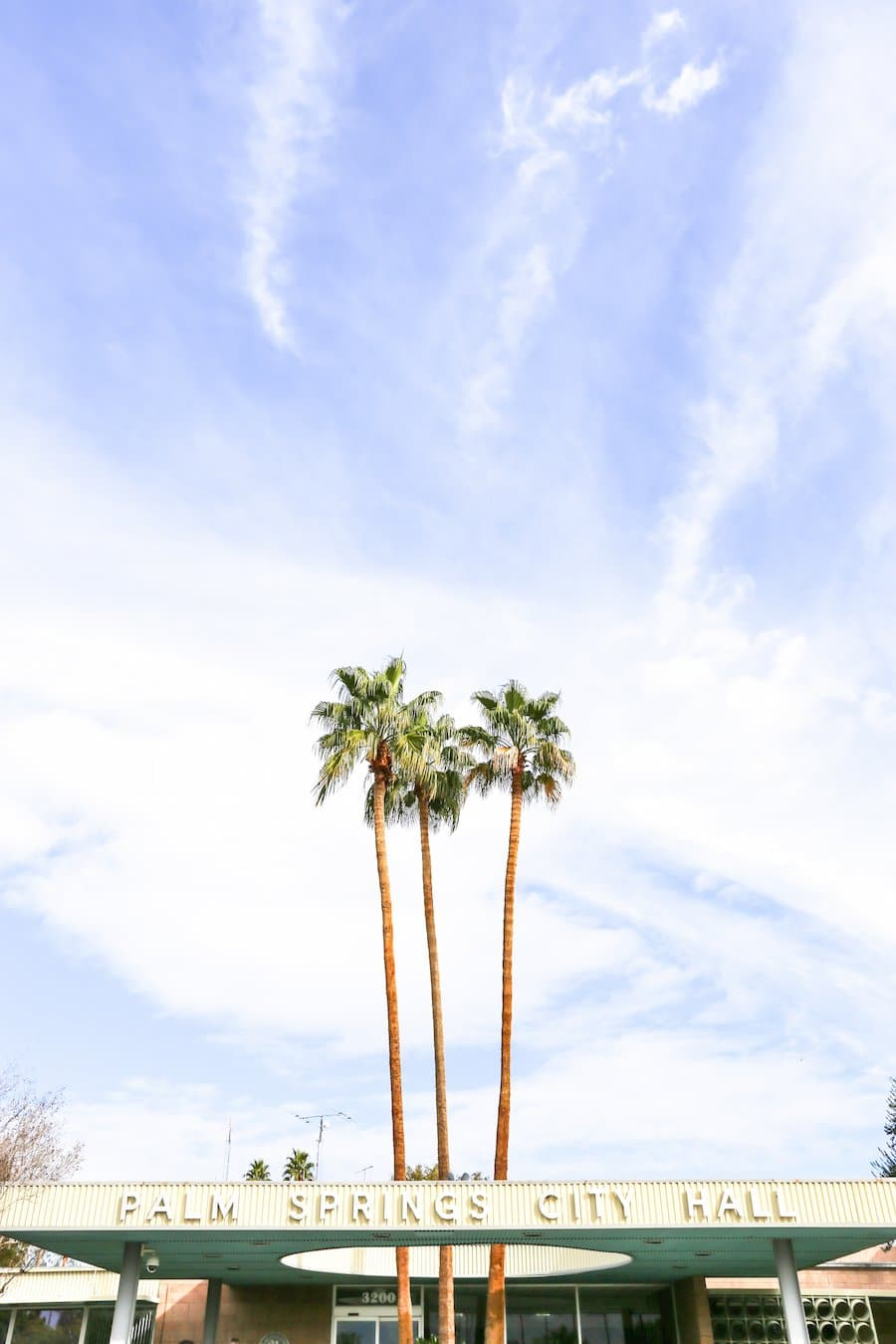 Ultimate Travel Guide to Palm Springs, Vacation and Trip Ideas, Palm Springs California, City Guide, Where to Stay in Palm Springs, What to Do, See and Eat in Palm Springs, Weekend Guide, Palm Springs City Hall, Midcentury Architecture, Instagram Spots