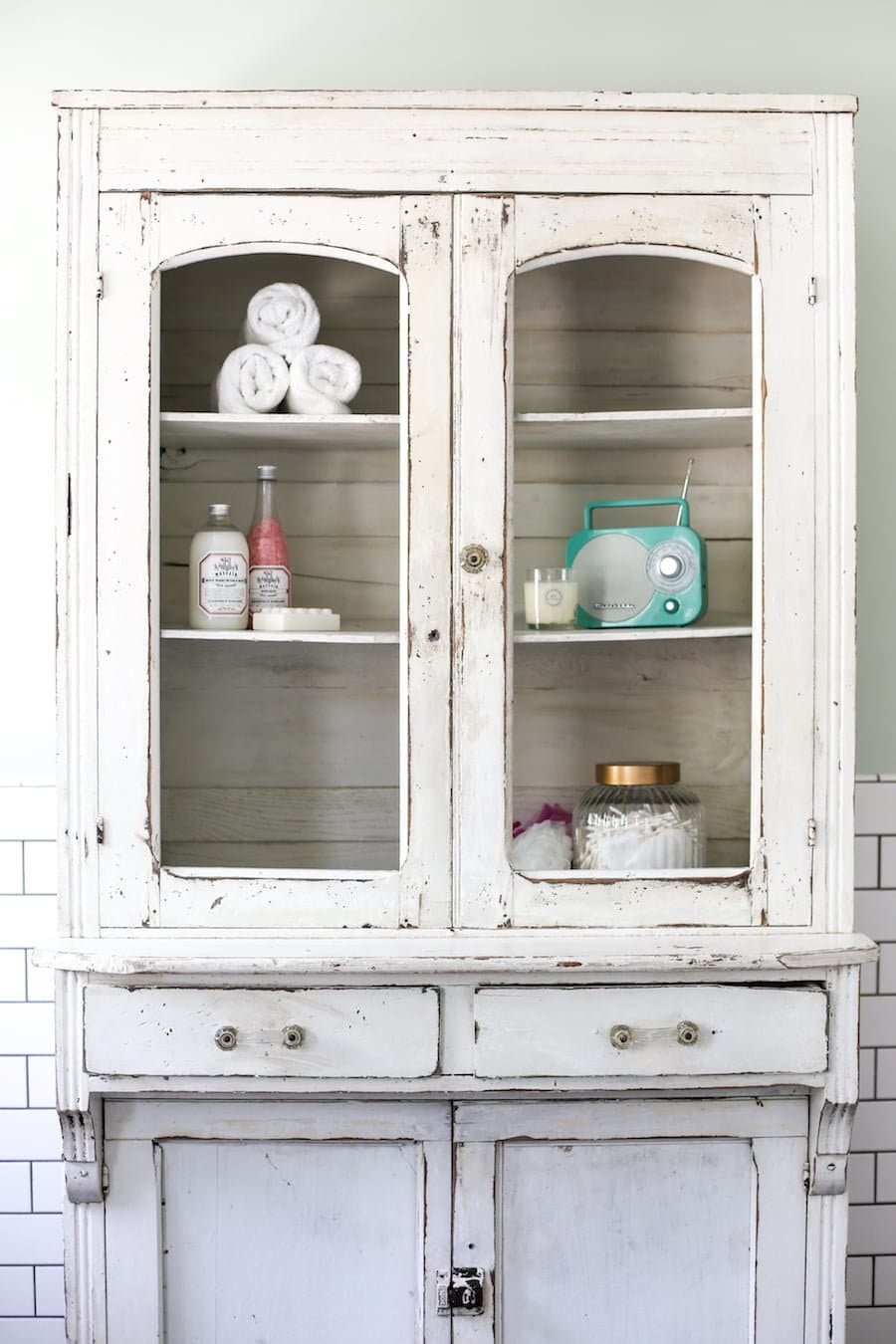 How to Give Your Bathroom the Spa Treatment // Salty Canary