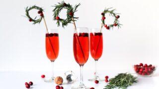 Christmas Wreath Swizzle Sticks // Salty Canary