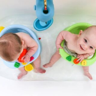 How to Bathe Twins, 6 Months Old, Baby Bath, Twin Bath Time Routine, Salty Canary