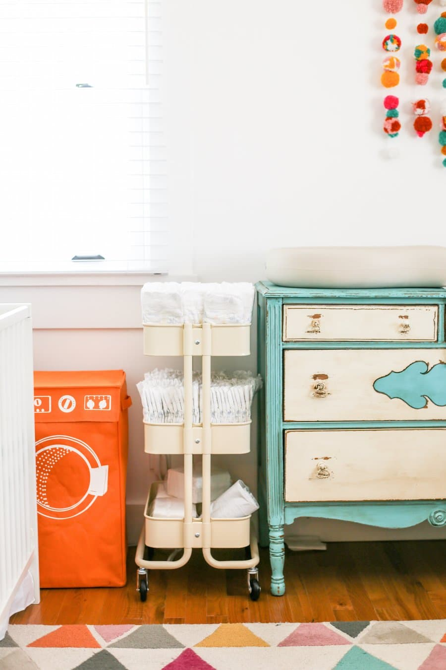 Ultimate Twin Baby Registry Essentials, Twin Baby Must Haves, Products to Make Life Easier With Twins,Twin Essentials Checklist PDF, When to Start a Baby Registry for Twins, Best Place to Register for Twins, Baby Registry Guide for Twins, What Do You Need for Twins Checklist, Baby Registry Guide for Twins