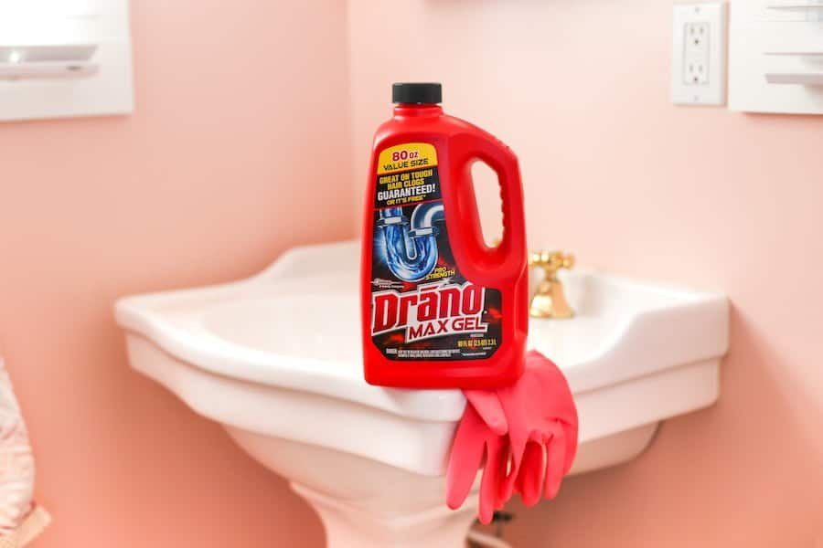 How to Do a Fall Deep Cleaning Before the Holidays // Salty Canary