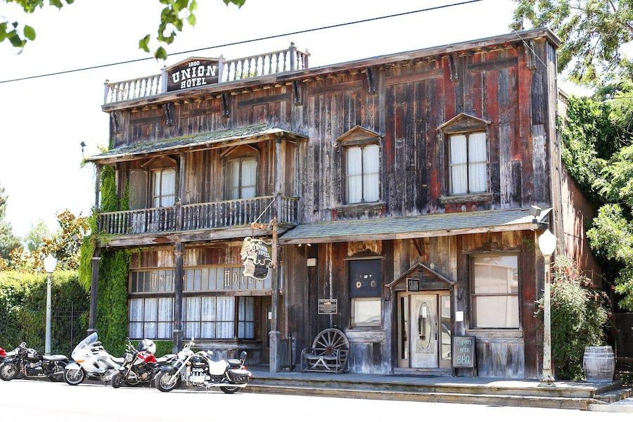 Union Hotel & Saloon in Los Alamos, California // Salty Canary